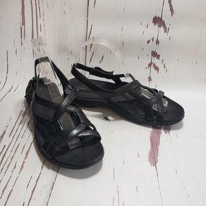 Merrell black leather straps velcro closure sandal